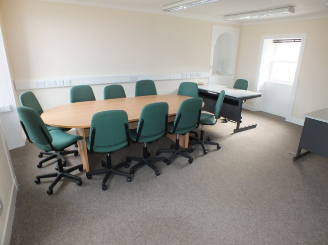 Conferencing and reception room