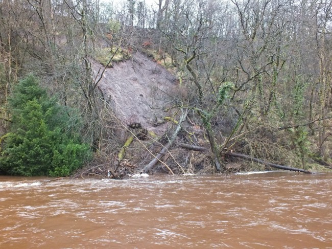 A second major landslide above the dam in the last year.