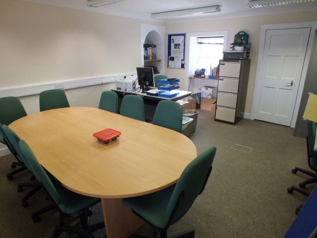 The main reception office and meeting room. This room can seat about 10 at the table and another 15 or so at a push. Gordon and seasonal staff occupy the 2 desk spaces.