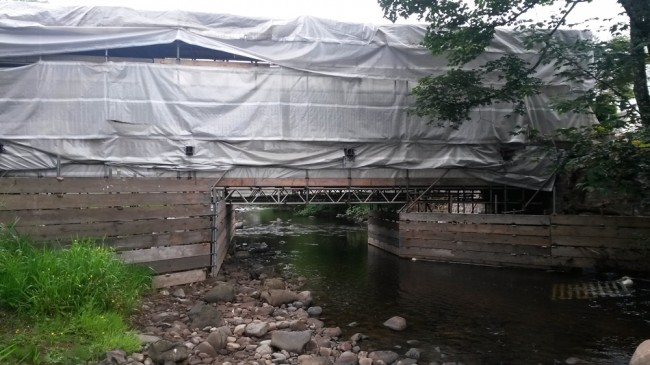 Lead paint removal on the old foortbridge in Newmilns.