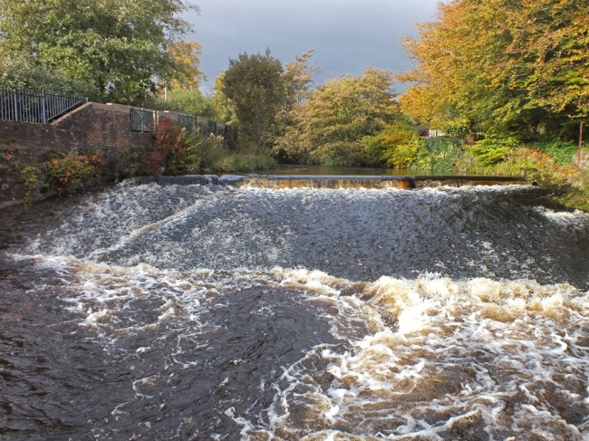 The weir at Holmhead in Kilbirnie. Not easy to pass by any means