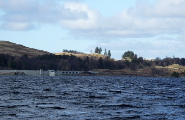 Approaching the dam in an icy cold wind.